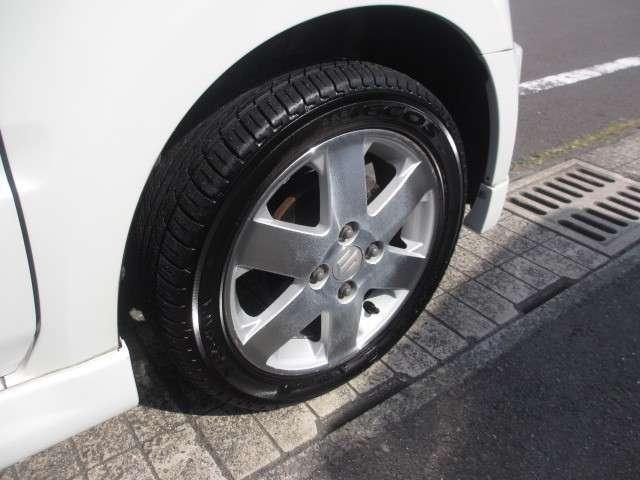 純正14AW付!タイヤも交換済で安心です。