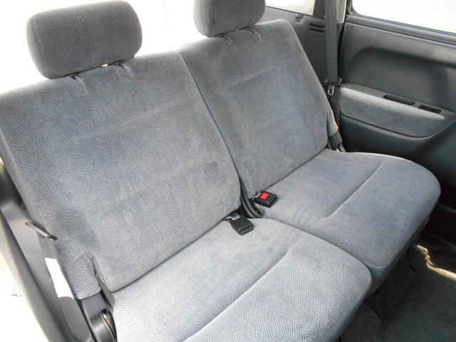 大変綺麗な車内です。座り心地大変良いです。