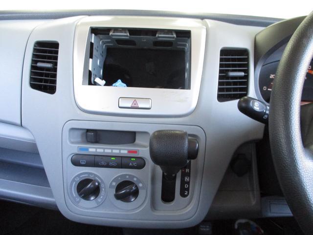 オーディオは、メモリーナビにワンセグテレビ付。CDチューナーはもちろん付いてます。