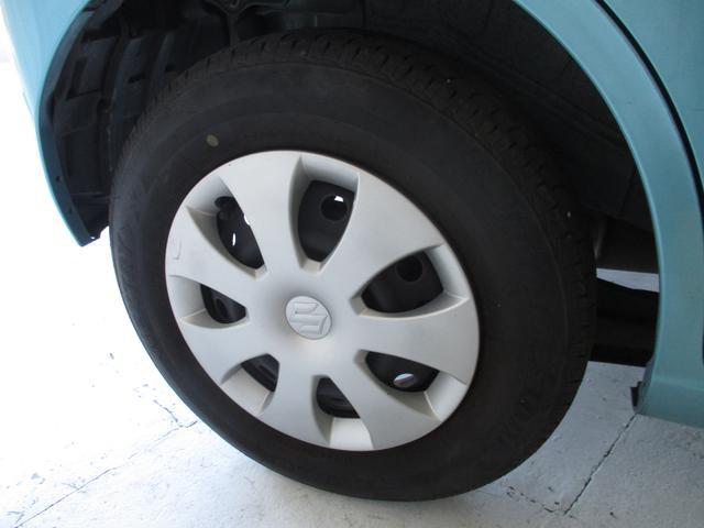 145/80R13のタイヤ装着です。タイヤは新品です。やっぱり基本は足下から...ですよっ!さあ、出発です♪