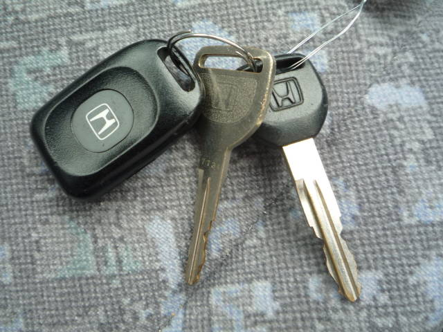 在庫は常時150台以上~~!!あなたのお探しのお車がきっと見つかるはず♪いえ、見つけてみせます♪
