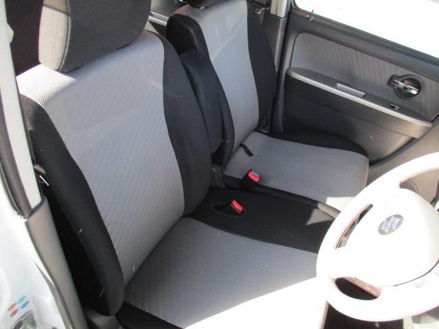 運転席・助手席ともにシートは綺麗です!