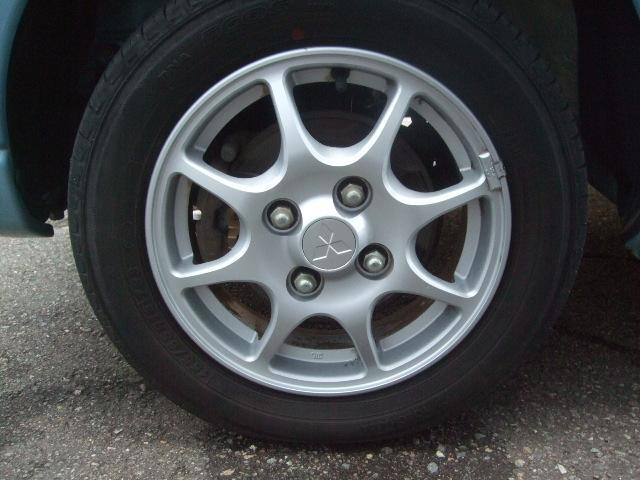 タイヤも13インチ純正アルミホイール装着済みです♪