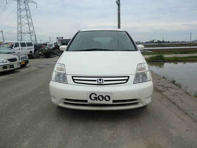 ユーザー買い取り車のストリーム2000CCがご入荷致しました。