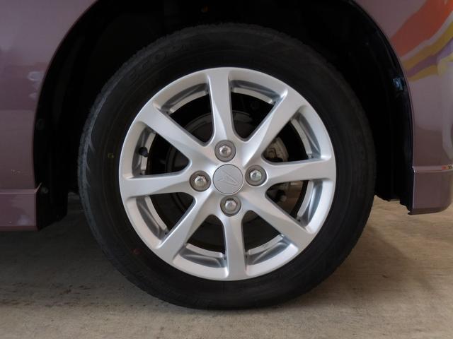 タイヤサイズは 155/65−14 です。