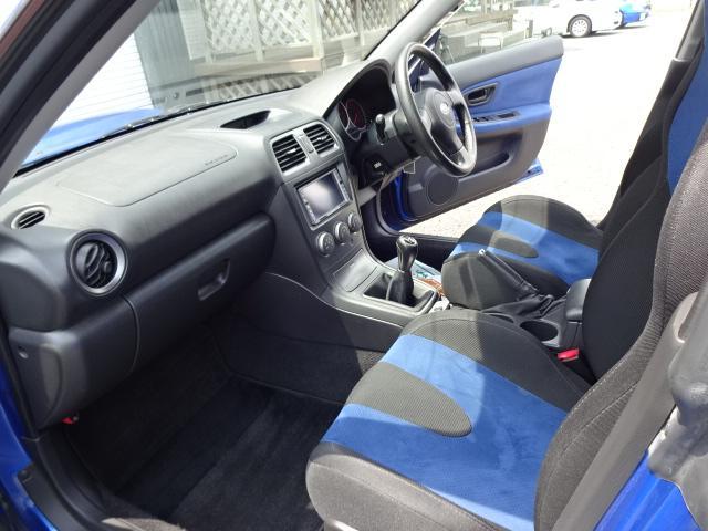 WRX 4WD 大型リアウィング STIゲノムマフラー(14枚目)