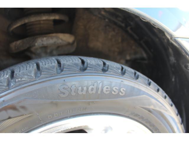 タイヤはスタッドレスタイヤとなります☆