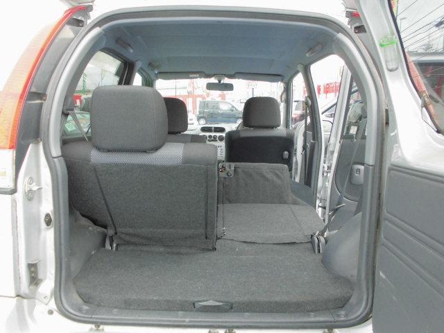 荷物もたくさん積めて便利な一台です!!!もちろんシートは折りたためます!足にもお買い物にも役立ちます!オシャレで使える便利車!お車の事なら何でもご相談にのらせていただきますので、まずはご来店下さい!