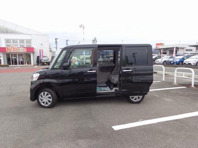 ダイハツ タント L 4WD 届出済未使用車 オーディオレス