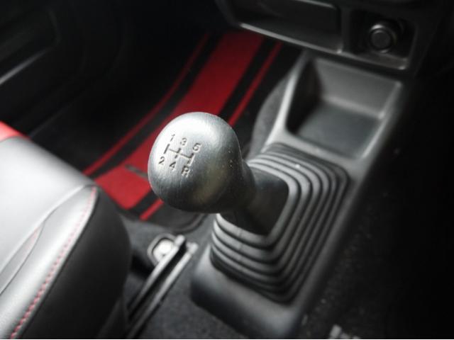 スズキ ジムニー ワイルドウインド 4WD ターボ 5MT