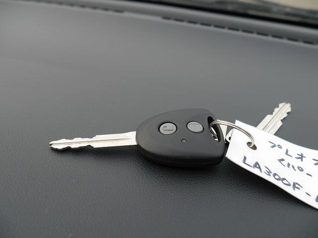 スバル プレオプラス L 届出済未使用車 純正CDデッキ キーレス