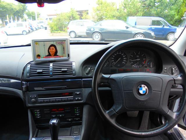 BMW BMW 525i グレー革 サンルーフ ローダウン アルミ マフラー