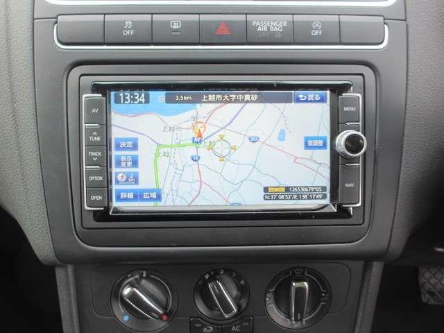 フォルクスワーゲン VW ポロ アクティブ ブルーモーションテクノロジー 純正ナビTV
