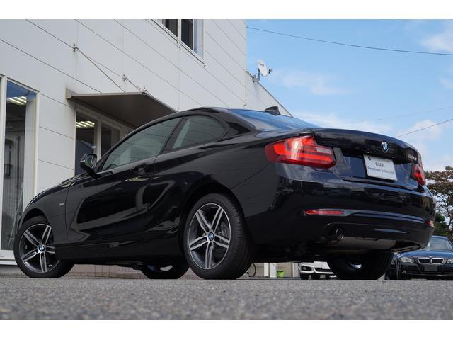 BMW BMW 220iクーペ スポーツ