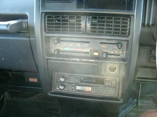 エアコンが装備されておりますので、オールシーズン安心してお乗り頂けます。