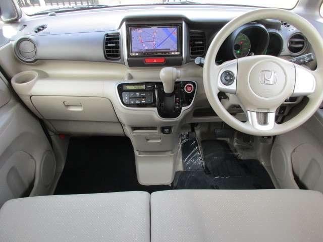 使いやすいインパネまわり、長距離ドライブでも疲れないシートです。