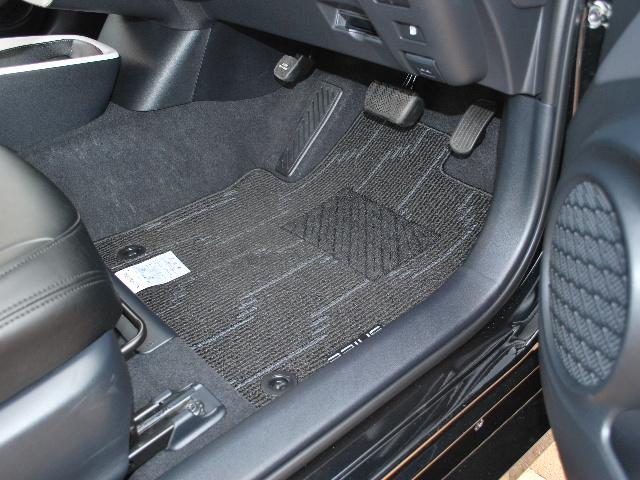 トヨタ プリウス A 4WD 純正ナビTV トヨタセーフティセンスP