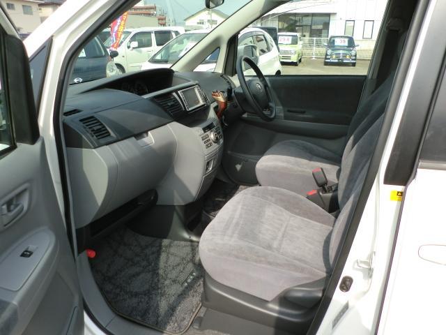トヨタ ヴォクシー X 両側パワーSDr 純正ナビ CVT