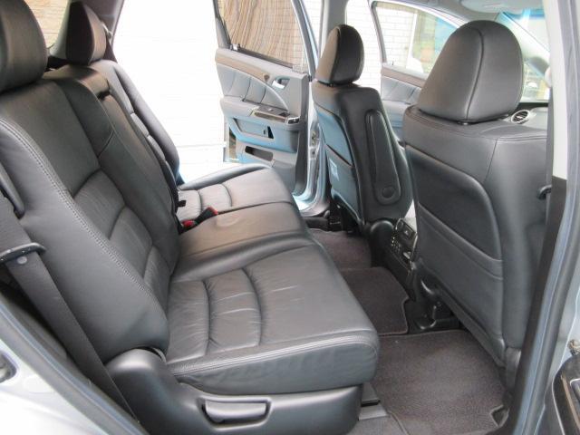 当社では第三者機関(JAAA)に依頼をし、お車の鑑定書(Goo鑑定)を取り付けております。「中古車の品質は大丈夫?!」私たちはそんな声にも応えられる高品質な商品の提供を目指します!