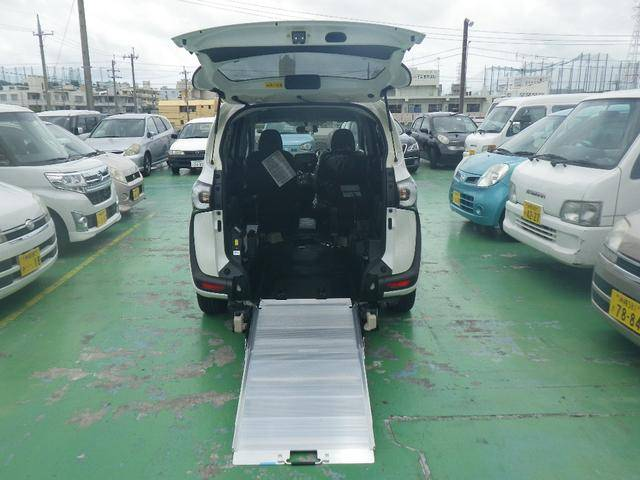 X 車いす仕様車 スローパー 福祉車両(7枚目)