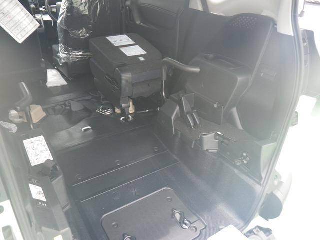 X 車いす仕様車 スローパー 福祉車両(11枚目)