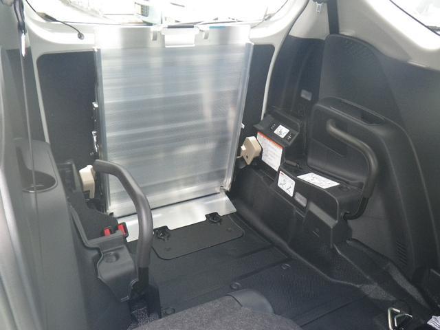 X 車いす仕様車 スローパー 福祉車両(18枚目)