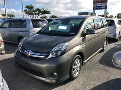 沖縄の中古車 トヨタ アイシス 車両価格 118万円 リ済別 平成24年 6.4万K グレー