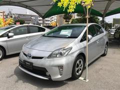沖縄の中古車 トヨタ プリウス 車両価格 118万円 リ済別 平成25年 8.4万K シルバー
