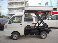 沖縄の中古車 ダイハツ ハイゼットトラック 車両価格 63万円 リ済込 平成17年 10.8万K ホワイト