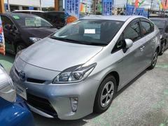沖縄の中古車 トヨタ プリウス 車両価格 183万円 リ済別 平成26年 4.0万K シルバー