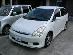 沖縄の中古車 トヨタ ウィッシュ 車両価格 18万円 リ済込 平成16年 6.9万K パールホワイト