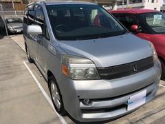 沖縄の中古車 トヨタ ヴォクシー 車両価格 49万円 リ済込 平成16年 12.6万K グレー