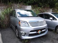 沖縄の中古車 トヨタ ノア 車両価格 18万円 リ済別 平成14年 13.0万K シルバーM