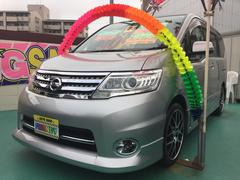 沖縄の中古車 日産 セレナ 車両価格 99万円 リ済込 平成21年 9.8万K シルバー