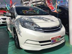 沖縄の中古車 日産 ノート 車両価格 99万円 リ済込 平成25年 6.1万K パールホワイト