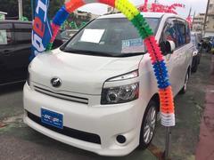 沖縄の中古車 トヨタ ヴォクシー 車両価格 89万円 リ済込 平成21年 8.3万K パールホワイト