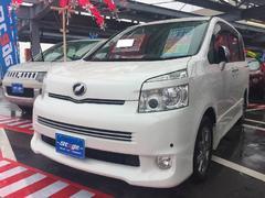 沖縄の中古車 トヨタ ヴォクシー 車両価格 119万円 リ済込 平成22年 8.9万K ホワイト