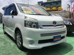 沖縄の中古車 トヨタ ヴォクシー 車両価格 97万円 リ済込 平成20年 9.5万K パールホワイト