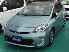 沖縄の中古車 トヨタ プリウス 車両価格 138万円 リ済込 平成26年 4.0万K LグリーンM
