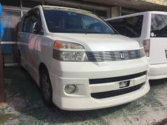 沖縄の中古車 トヨタ ヴォクシー 車両価格 32万円 リ済込 平成14年 13.9万K ホワイト