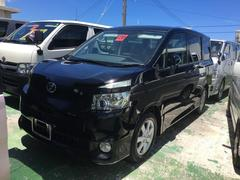 沖縄の中古車 トヨタ ヴォクシー 車両価格 59万円 リ済込 平成20年 12.2万K ブラック