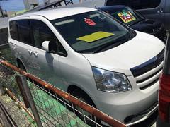 沖縄の中古車 トヨタ ノア 車両価格 65万円 リ済込 平成20年 11.6万K パール