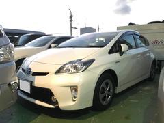 沖縄の中古車 トヨタ プリウス 車両価格 119万円 リ済込 平成25年 7.9万K パールホワイト