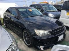 沖縄の中古車 トヨタ アルテッツァ 車両価格 45万円 リ済込 平成16年 13.9万K ブラック