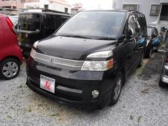 沖縄の中古車 トヨタ ヴォクシー 車両価格 28万円 リ済込 平成17年 8.9万K ブラック