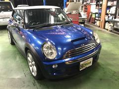 沖縄の中古車 MINI MINI 車両価格 49万円 リ済別 2005年 9.7万K ブルーM