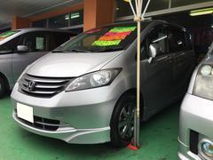 沖縄の中古車 ホンダ フリード 車両価格 109万円 リ済込 平成22年 7.8万K シルバー