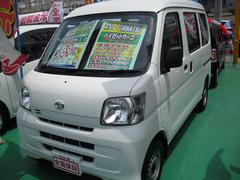 沖縄の中古車 ダイハツ ハイゼットカーゴ 車両価格 64万円 リ済込 平成25年 8.4万K ホワイト