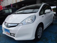 沖縄の中古車 ホンダ フィットハイブリッド 車両価格 59万円 リ済込 平成24年 6.3万K ホワイト