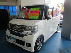 沖縄の中古車 ホンダ N BOXカスタム 車両価格 115万円 リ済込 平成26年 4.4万K パールホワイト